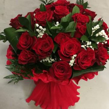 20 rosas rojas
